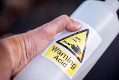 Nên làm gì khi bị bỏng Axit Sunfuric là tốt nhất?